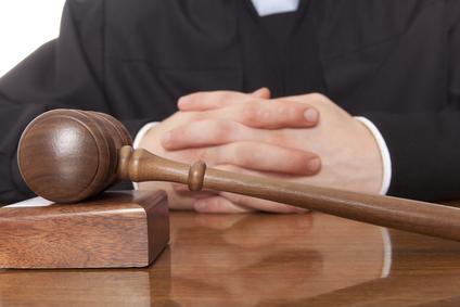WELTMAN JUDGES 2013 MOCK TRIAL INVITATIONAL AT YALE UNIVERSITY By Richard E. Weltman